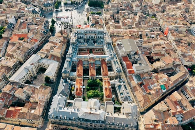 Bordeaux, France - Mixed use - Land Use mix - Sustainable community
